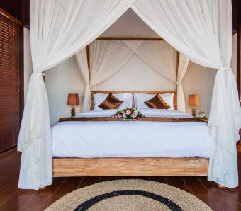 One bedroom with pool D`nusa