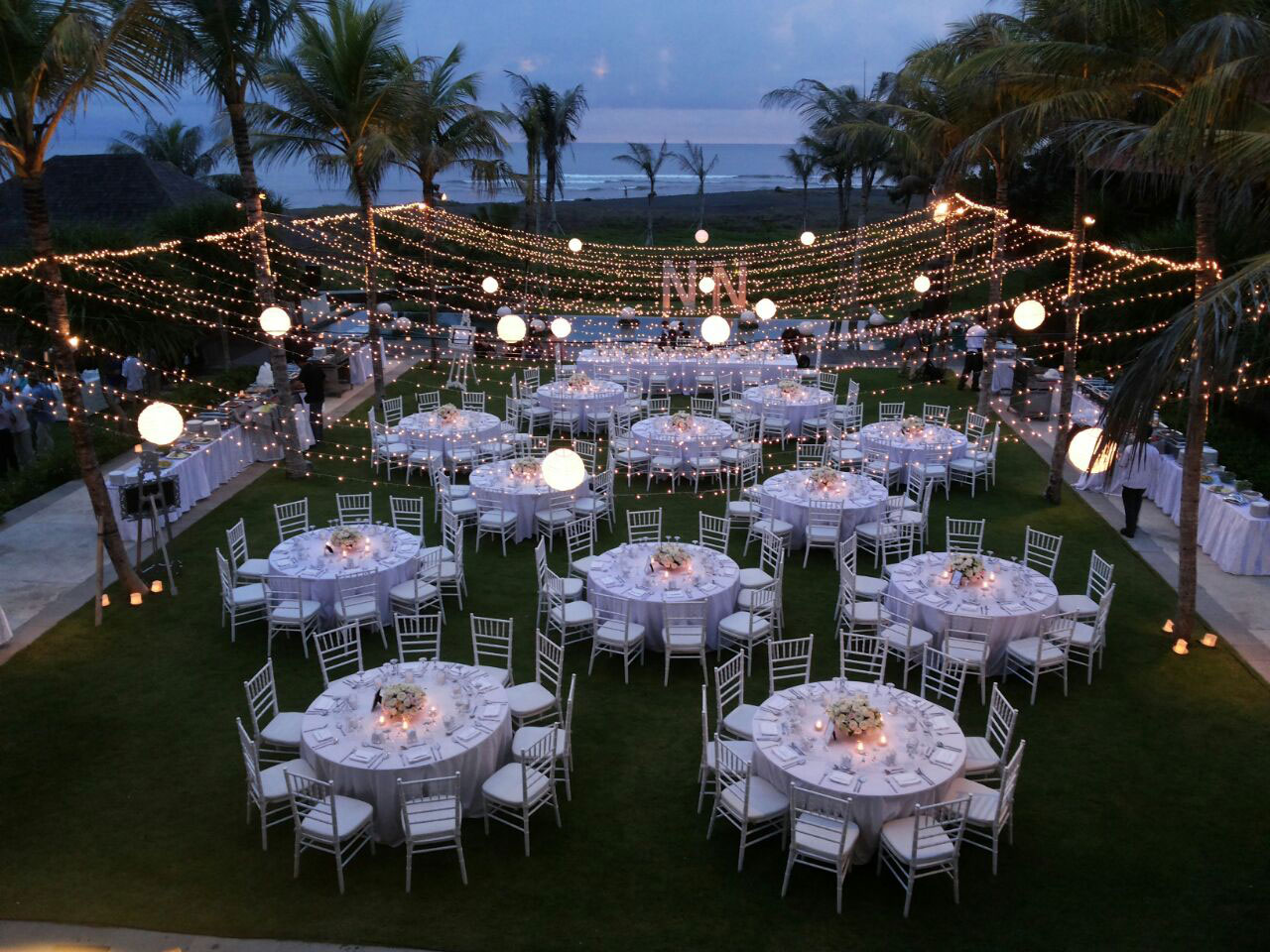 Jeeva villa bali wedding venue bali shuka wedding for Bali wedding decoration ideas