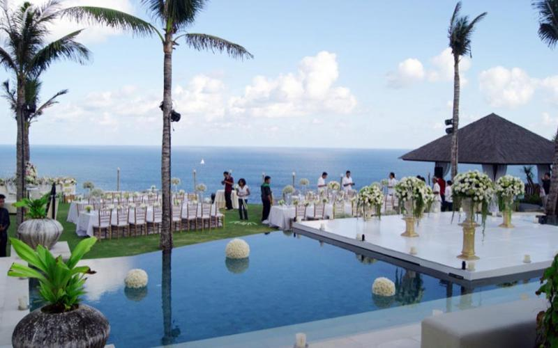 The Ungasan Cliff Top Resort Customize Wedding Package Bali