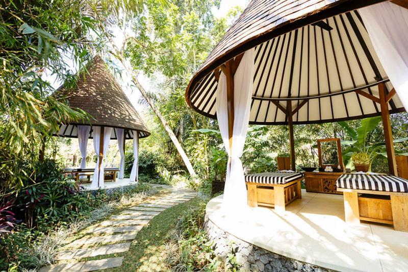 Simona Oasis Bali Wedding Venue