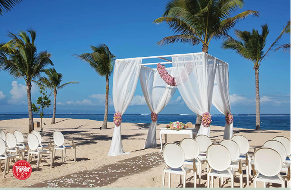 Beach Wedding Mulia