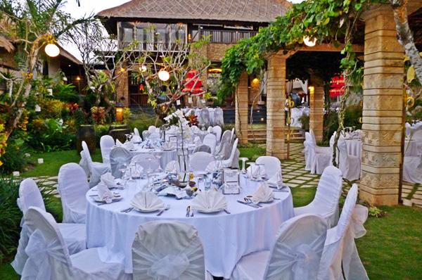 Villa teresa bali wedding venue bali shuka wedding for Bali wedding decoration hire