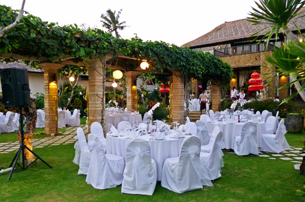 Villa teresa intimate wedding package bali shuka wedding villa terresa bali wedding venue junglespirit Choice Image