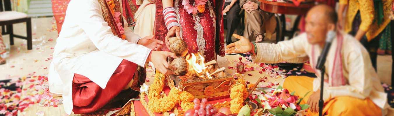 Hindu Indian Wedding In Bali Bali Shuka Wedding