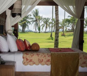 Kaba Kaba Estate Beringkit Master Bedroom Garden View