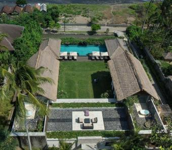 Seseh Beach Villa I Absolute Beach Front Villa