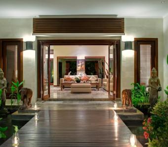 Villa Kalimaya I Walkway to Indoor Living Area