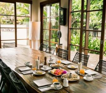 dining room villa mary