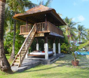 Villa Kailasha relaxation bale