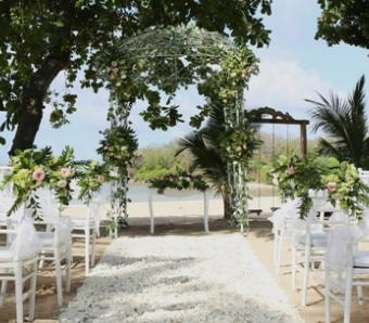 Ceremony decoration La playa wedding