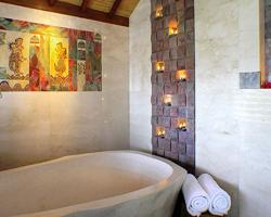 Bath tube awani villa