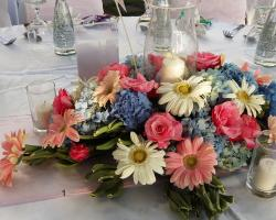 Flower centerpiece dinner table