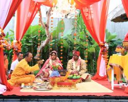 Indian wedding Bali Priest