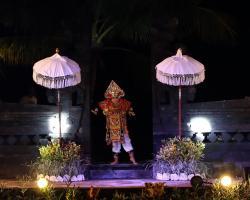 tari Baris -Warior dance