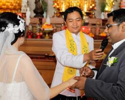Buddhist wedding exchange vows