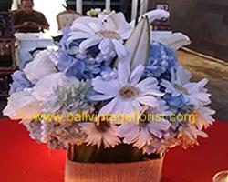 flower centerpiece guest table option III