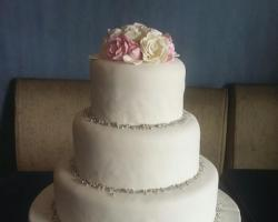 Wedding cake RC13