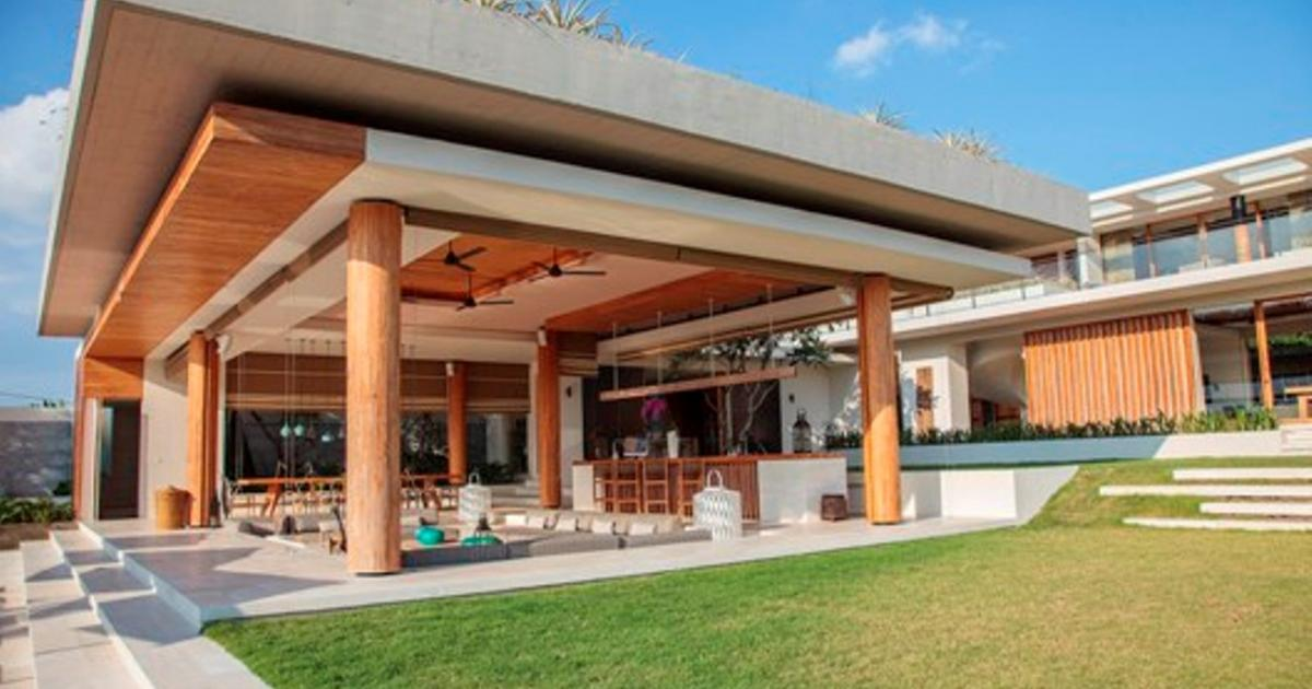 The Iman Villa Main Living Pavilion Bali Villa Wedding