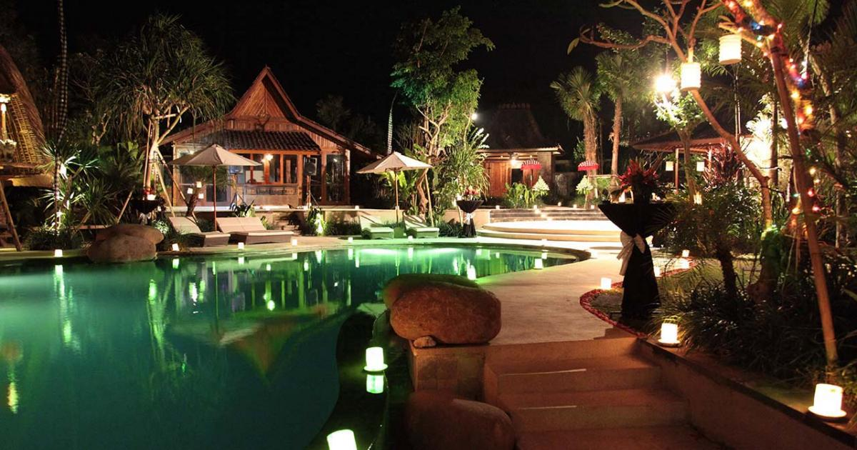 Villa Sati pool and garden dea villas bali wedding villa