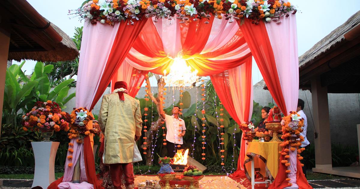 Menikah di Bali