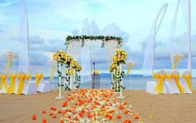 Grand Mirage Beach